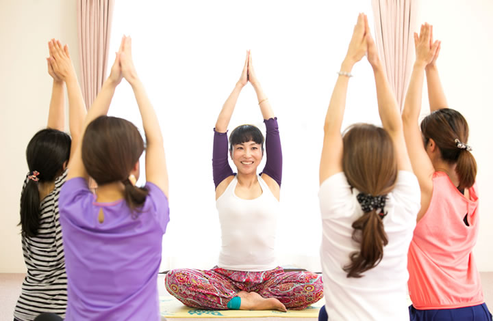 ヨガで体・呼吸・心をひとつに。 ゆっくりと生活を変えていく。